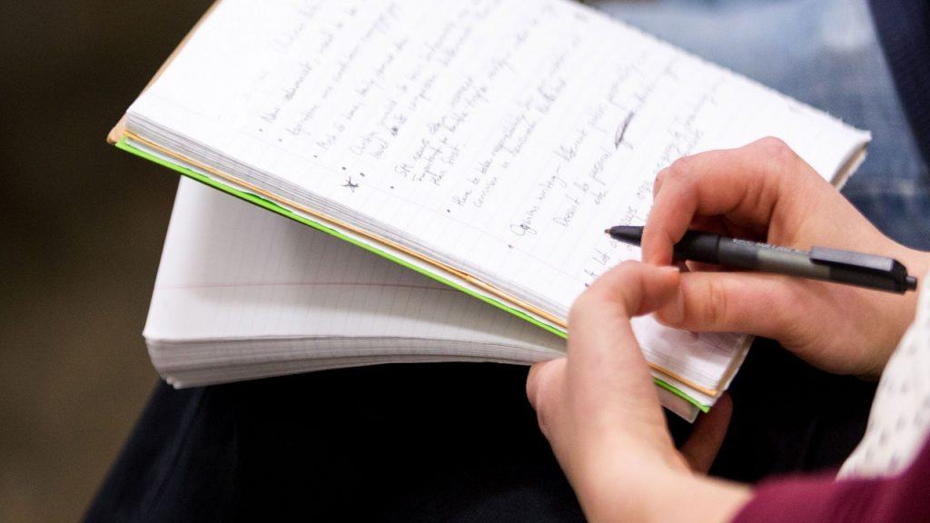 Aprender inglés escrito y pronunciación