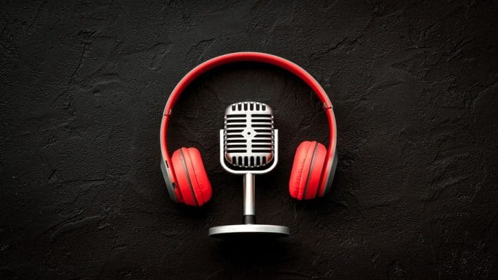 PODCASTS EN INGLÉS / ESCUCHAR PODCASTS INGLÉS